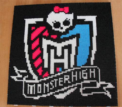 MonsterHigh-Wappen Vorlage zum Perlenstecken