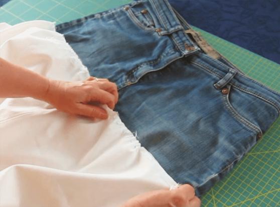 rock aus alter jeans n hen ein schnelles diy projekt. Black Bedroom Furniture Sets. Home Design Ideas
