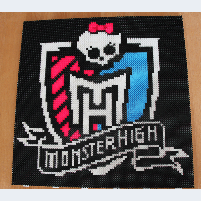 Monster High Wappen mit Hama Perlen stecken Vorlage