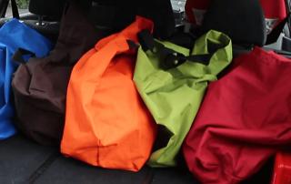 Grosseinkäufe sortieren - farbkodierte Taschen nähen