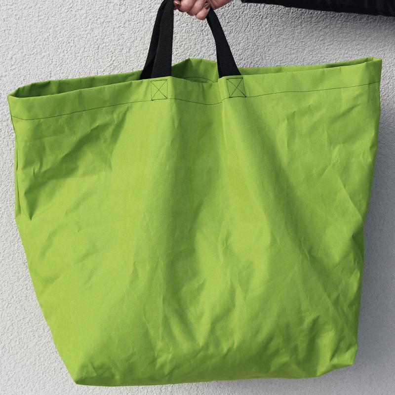 Grosseinkäufe farblich sortiert - grüne Tasche Schnittmuster