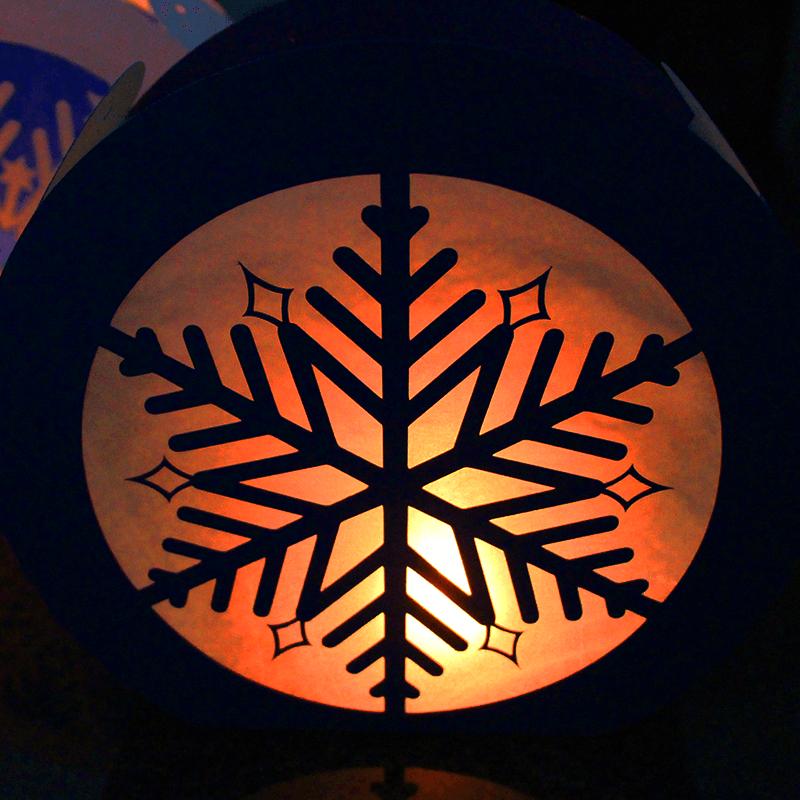 Laterne mit Motiv Schneeflocke
