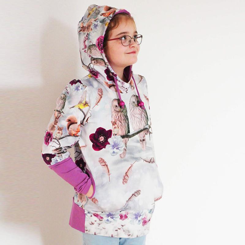Kinder Hoodie Hedwig Schnittmuster Tragebild Mütze auf
