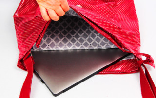 Tasche mit Reißverschluss nähen - mit Aussentasche und Innenfächern - Tasche Luzern 2