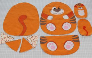 Einfaches Stofftier nähen für Anfägner - 10 Schnittteile Katze