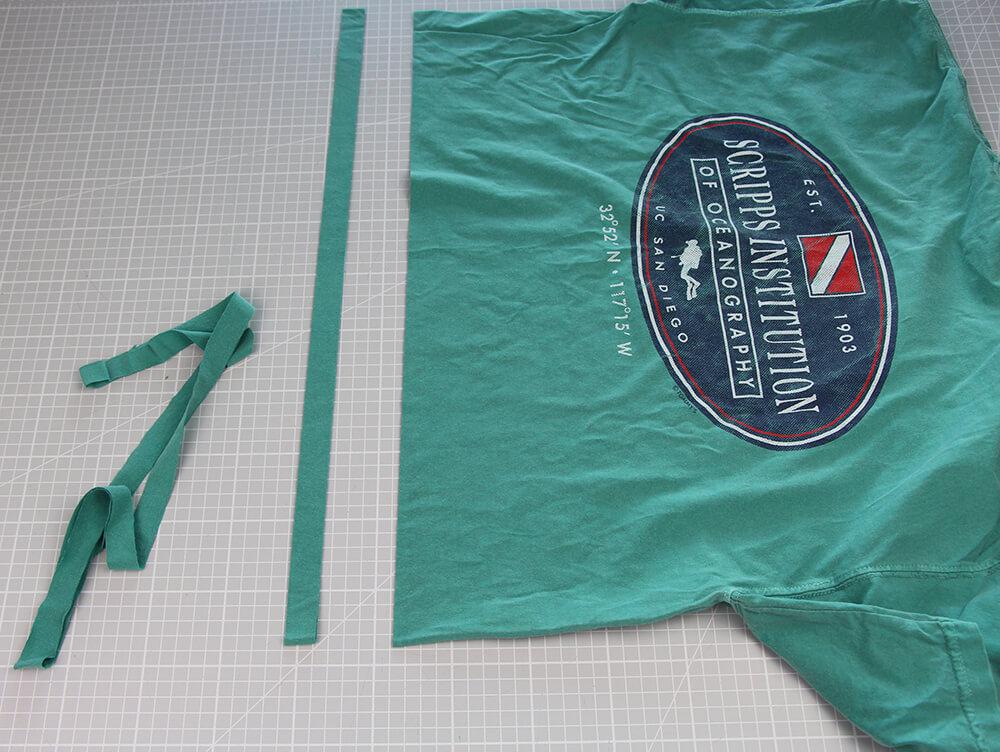 Mundschutz nähen aus Shirts mit nur einer Naht - 05 Streifen schneiden